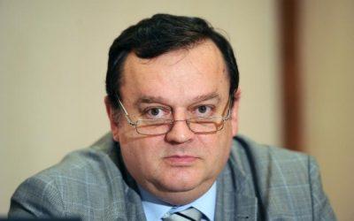 Prof. dr. Ovidiu Băjenaru: AVC trebuie abordat complex, de la prevenţie până la neurocuperare