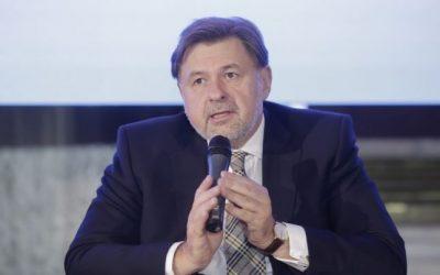 Alexandru Rafila: Colostrul poate fi considerat un prim vaccin; ne lipseşte serios capacitatea de a consilia femeia gravidă