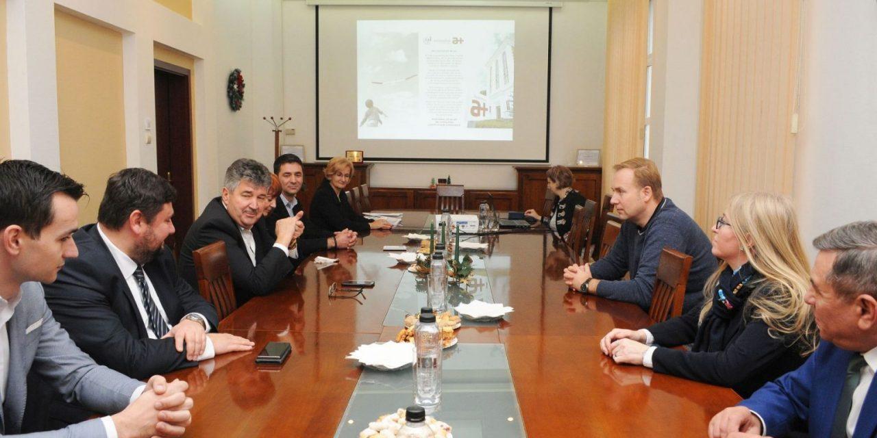 Ministrul Sănătății a fost în vizită la compania ieșeană Antibiotice