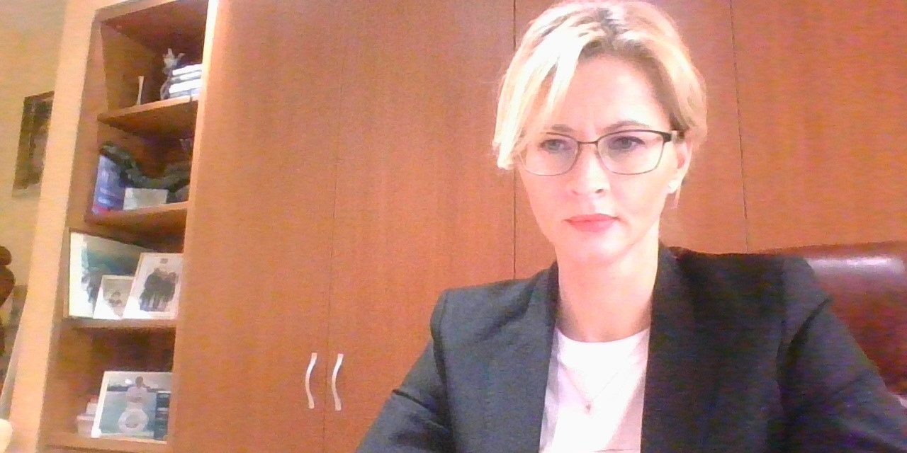 Daniela Tatu-Chițoiu, co-fondator și CEO al DAHNA: Un medic și un economist au pariat pe faptul că pot ajuta oamenii ca prin tehnologie să mănânce mai bine, mai corect, mai sănătos