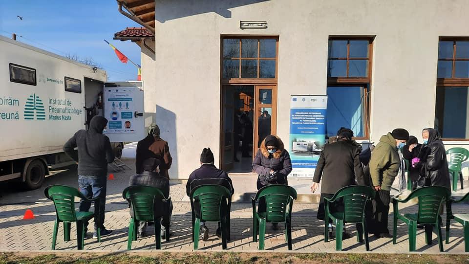 Neamţ: Consultaţii gratuite pentru depistarea tuberculozei în 12 comune, printr-o caravană mobilă