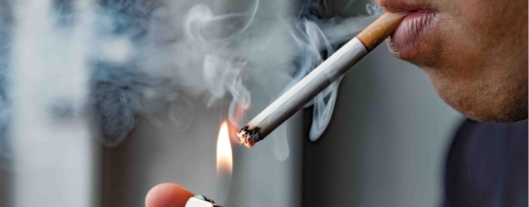 Prevalenţe alarmante în rândul tinerilor: droguri, alcool, tutun