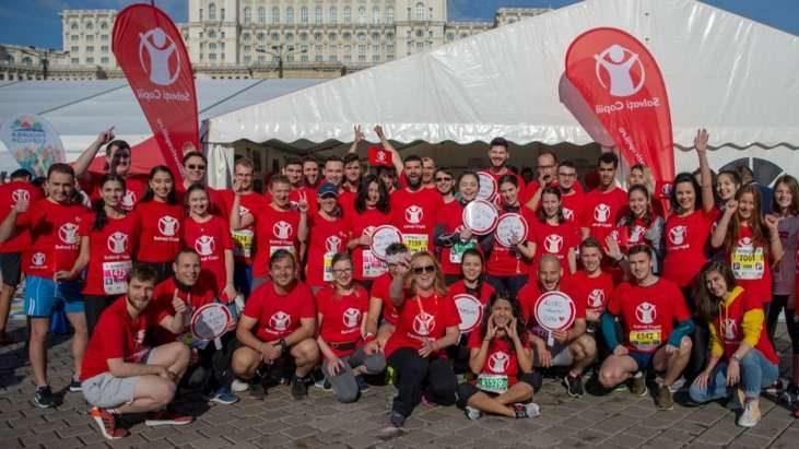 Semi-maraton București: Medicii aleargă pentru toți copiii care au nevoie de tratament medical imediat să treacă cu bine linia de sosire